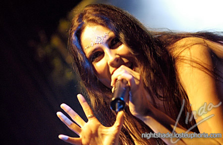 http://queststar.deviantart.com/art/Sharon-4-Within-Temptation-17173868