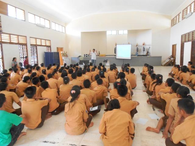 A Talk at Bali Mandara 2