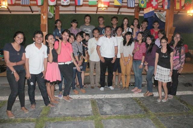 Berbagi Beasiswa di Mailaku, Singaraja