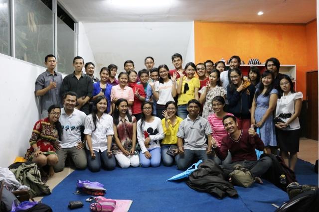 Berbagi Beasiswa di InLine House, Denpasar